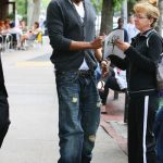 Jay-Z Signed autographs In NYC [With Pictures]