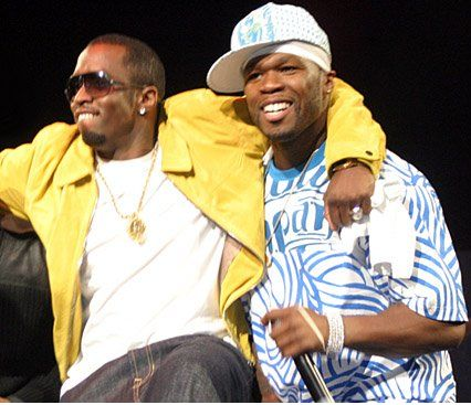 This past Thursday (June 24th) 50 Cent's Invitation tour stopped at the House of Blues in Boston, during 50 Cent performances he fired shots at Diddy.