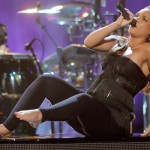 Alicia Keys Look Great Performing Pregnant [With Pictures & Video]