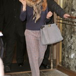 Styling On Them Hoes: Jennifer Lopez In $1,400 Christian Dior Ankle Booties & Carrying A Fendi Bag