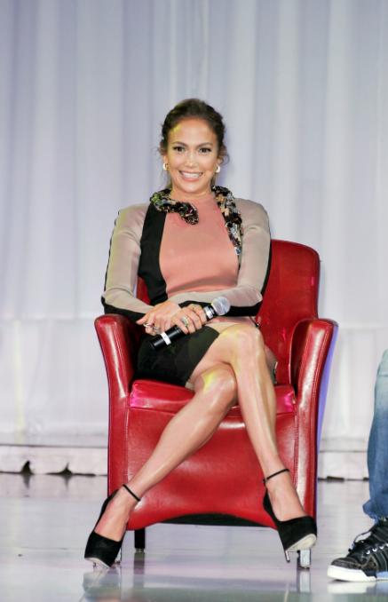 Styling On Them Hoes: Jennifer Lopez In A $7,835 Lanvin ...