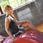Shoe Festish: Tamar Braxton Spotted In $1,395 Christian Louboutin Divinoche Sandals