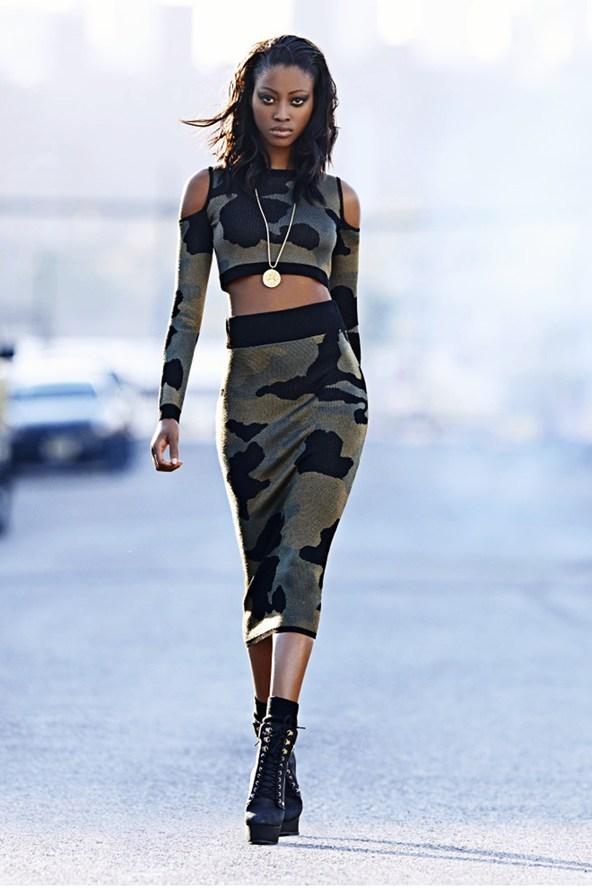 Rihanna-River-Island-56-Vogue-8Aug13-PR_b_592x888