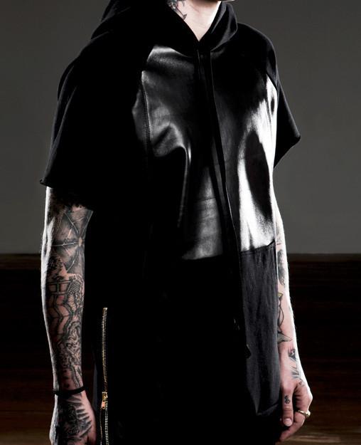 FOG-Fear-of-God-LA-essential-short-sleeve-lambskin-hoodie