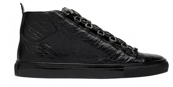 balenciagasneakersblack1