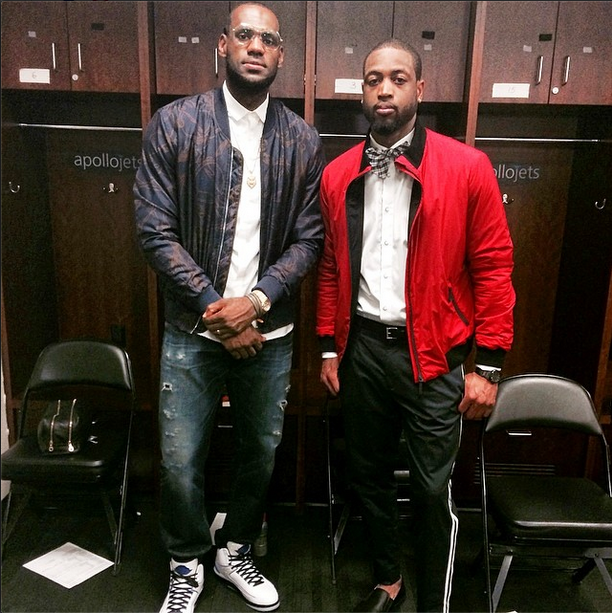 9c30b50fa2af NBA Fashion: Lebron James' $1,650 Gucci Cheval Print Bomber Jacket ...