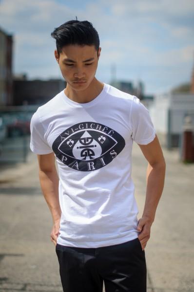 ÀVI~GICHËË Eyes Of Ace T-Shirt Angle 2