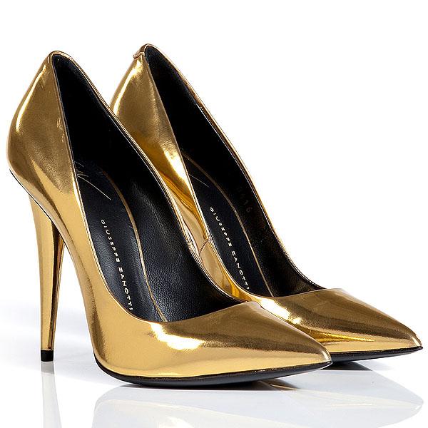 Giuseppe-Zanotti-metallic-gold-pumps