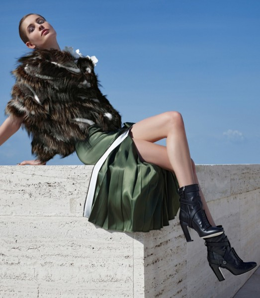 Nadja Bender & Ashleigh Good For Fendi's Fall 2014 Campaign10