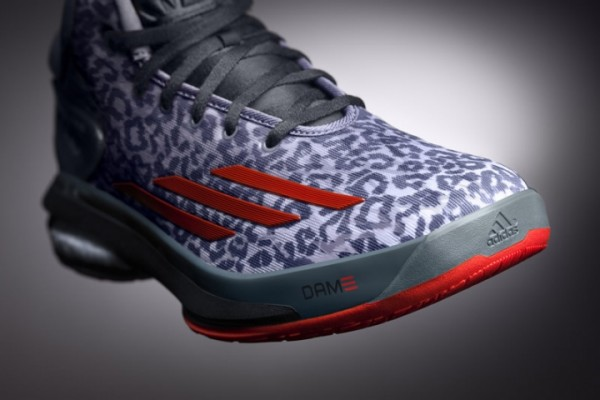 adidas Crazylight Boost Unveiling8