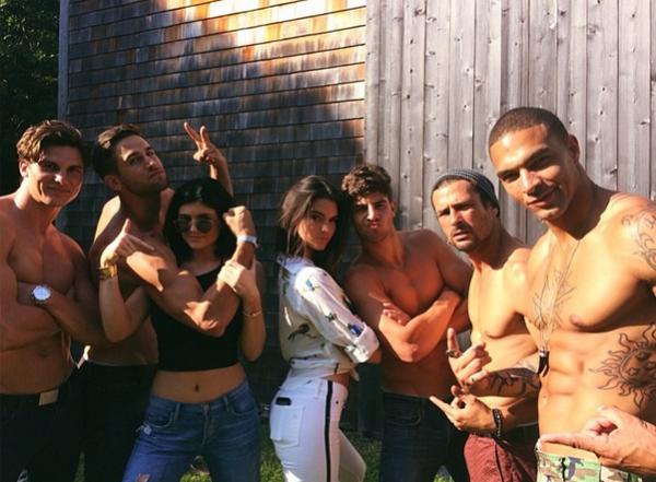 Kendall & Kylie Jenner For DuJour Magazine1