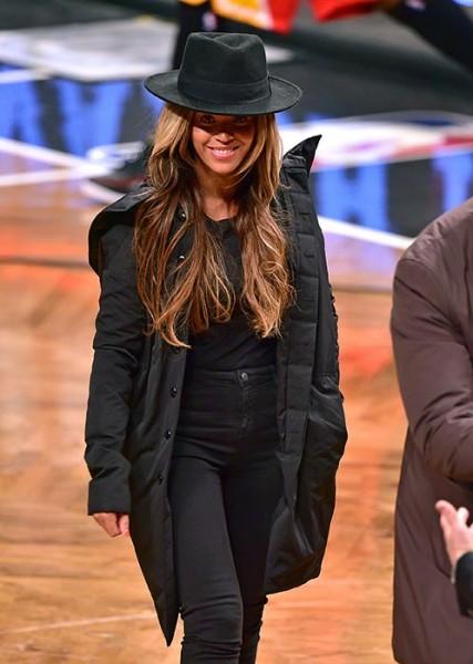 Beyoncé & Jay-Z Attend The Rockets VS. Nets Game 4
