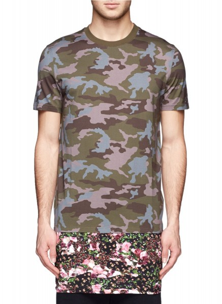 Givenchy Camouflage and Floral Print Extended Hem Tshirt1