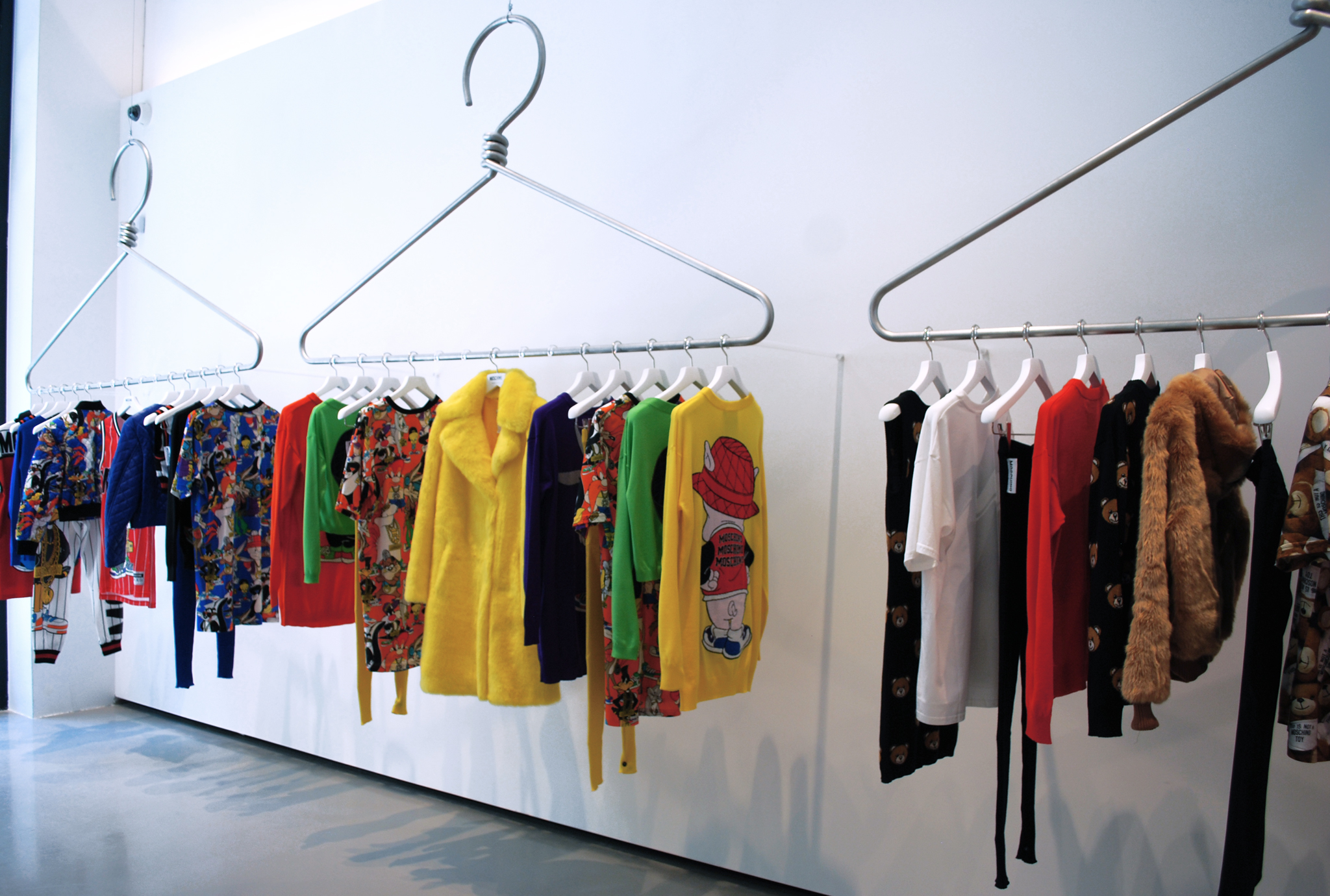 first look inside of moschino s new soho store plus jeremy scott reflects on his new york. Black Bedroom Furniture Sets. Home Design Ideas