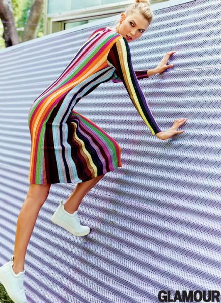 Karlie Kloss Covers Glamour Magazine3