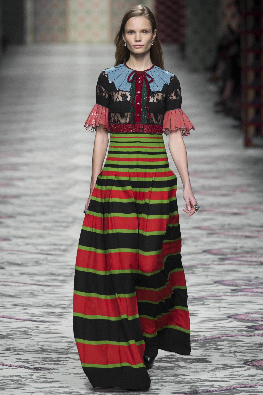 615de4db6f3 Milan Fashion Week  Gucci Spring 2016 RTW – dmfashionbook.com - Page 5