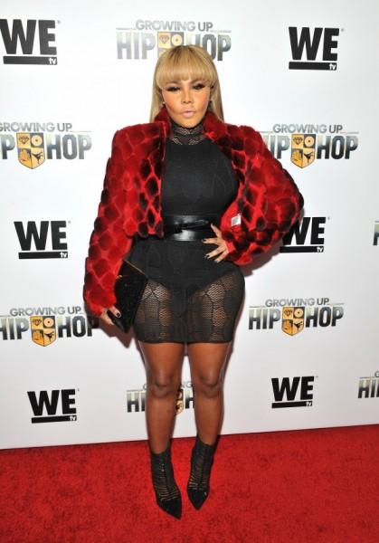Lil Kim Attends 'Growing Up Hip Hop' Premiere3