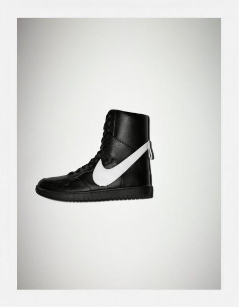 Nike x Riccardo Tisci's Dunk Lux High2