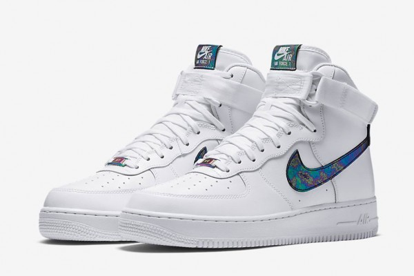 """Nike Is Releasing An """"Iridescent"""" Air Force 1 High1"""