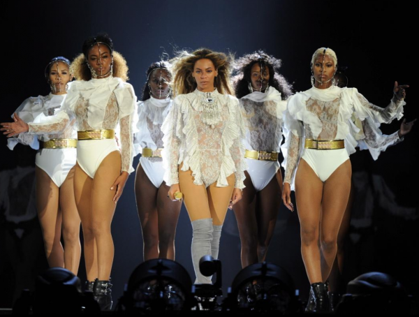 Beyoncé Wears Balmain, Roberto Cavalli, DSquared2, Gucci & More During Opening Night Of Her 'Formation' Tour1