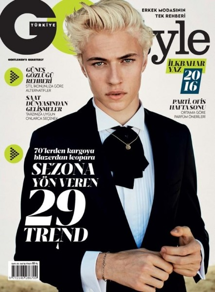 Model Lucky Blue Smith Covers The Spring Summer 2016 Issue Of GQ Style Turkey1