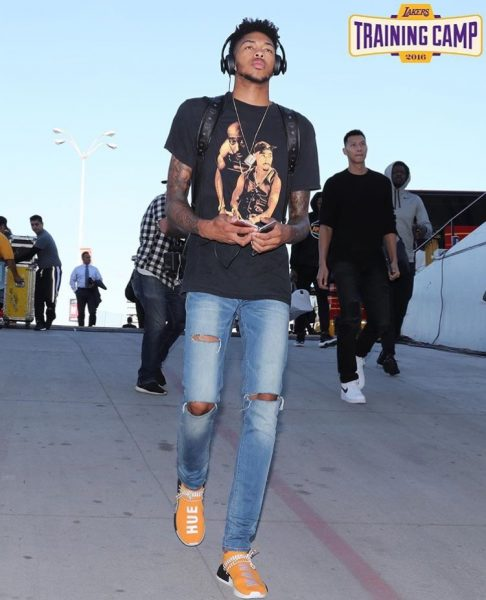 separation shoes 24ba0 6bf4e NBA Style: Brandon Ingram Wears A Tupac Tee-Shirt & Pharrell ...
