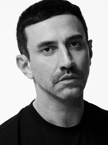 riccardo-tisci-is-releasing-a-new-sneaker-collaboration-with-nike3