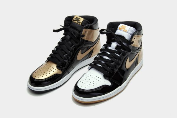 """competitive price 3b644 7bdd7 KOTD: Air Jordan 1 """"Gold Top 3"""" Is Set To Release During The ..."""