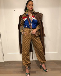 23f74b8549e1 Rihanna Wears A Look From Gucci's Pre-Fall 2018 Collection And Dolce &  Gabbana's Fall 2018 Menswear Collection