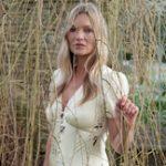 Kate Moss Stars In Self-Portrait's Pre-Fall 2021 Campaign
